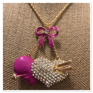 Jewelry - Love Struck Hearts Necklace 💘💘💘